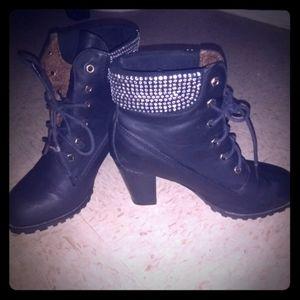 Women's Boot's